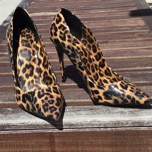 Cheetah heels sexy Sz 10 Aldo